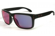 Oakley Holbrook matte black / Red iridium